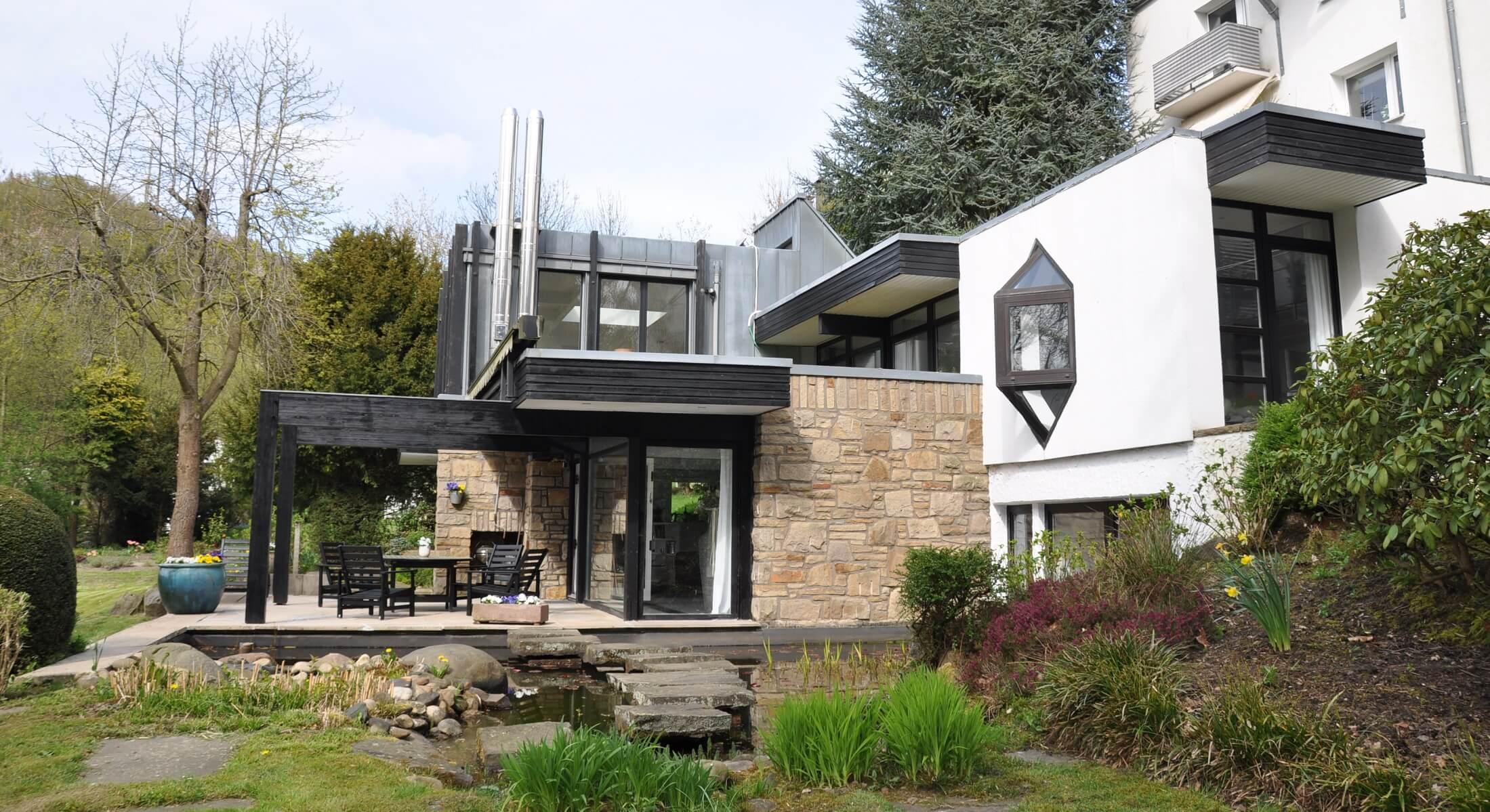 Herdecke: Traumhaft wohnen – Bungalow mit 1.000 m² Garten