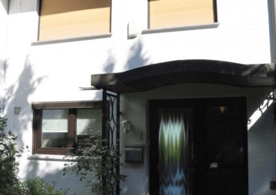 Geschützter Eingang mit Überdachung | Herdecke-Kirchende Raumwunder mit Aussicht über Westende