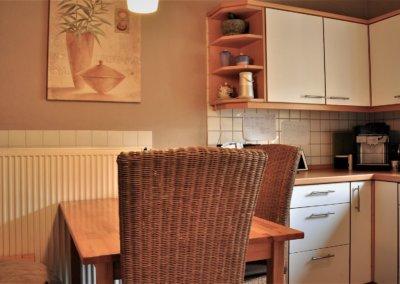 Witten_Wohnen_mit-viel_Platz_Tisch_Küche